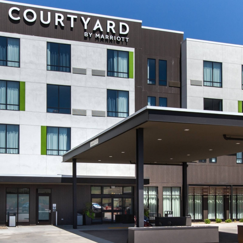 Courtyard by Marriott Vendor Photo