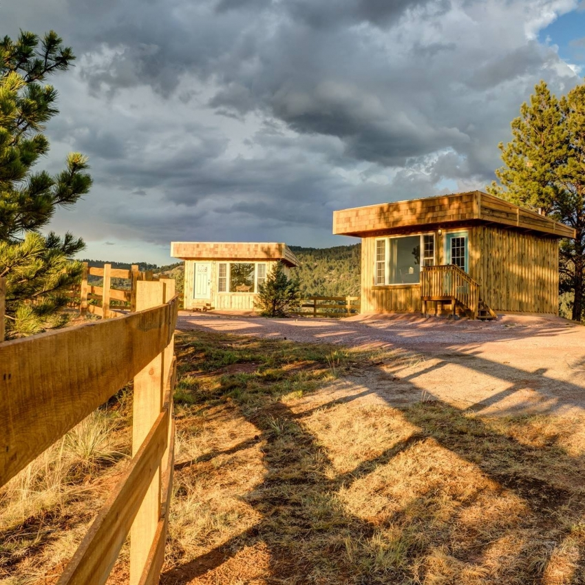 Moccasin Springs Natural Spring Spa & Bluebird Mesa Vendor Photo