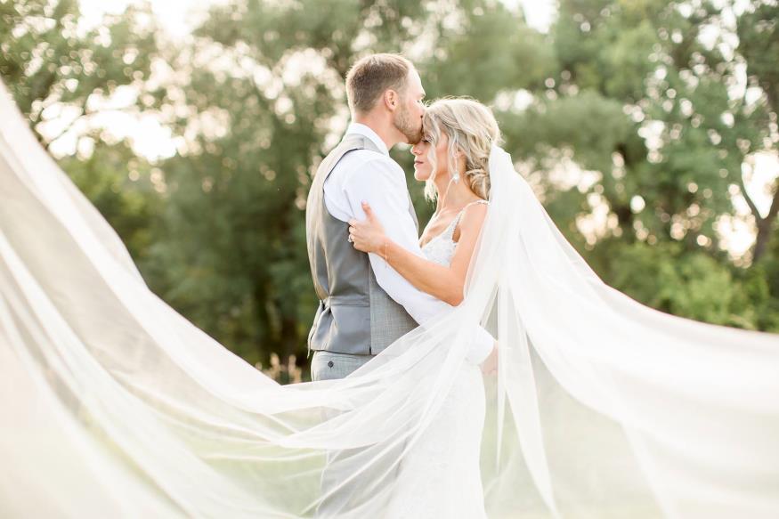 Kenzie and Ryan Lee Wedding Photo